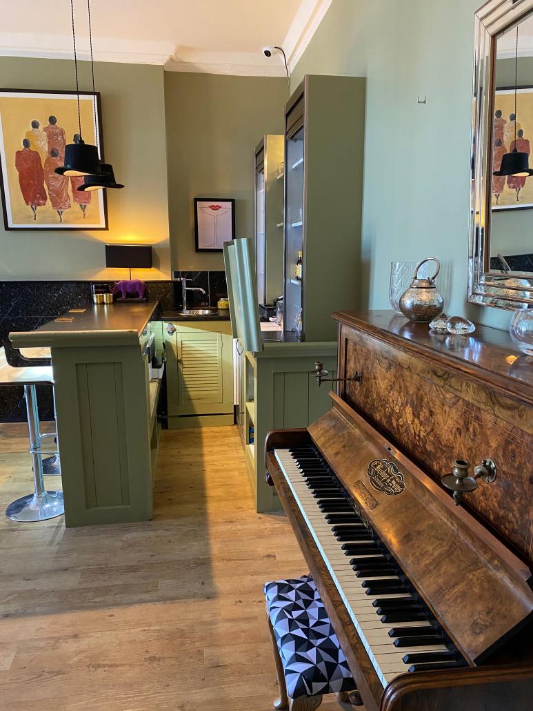 White House Newquay | Licenced Bar | Cornwall